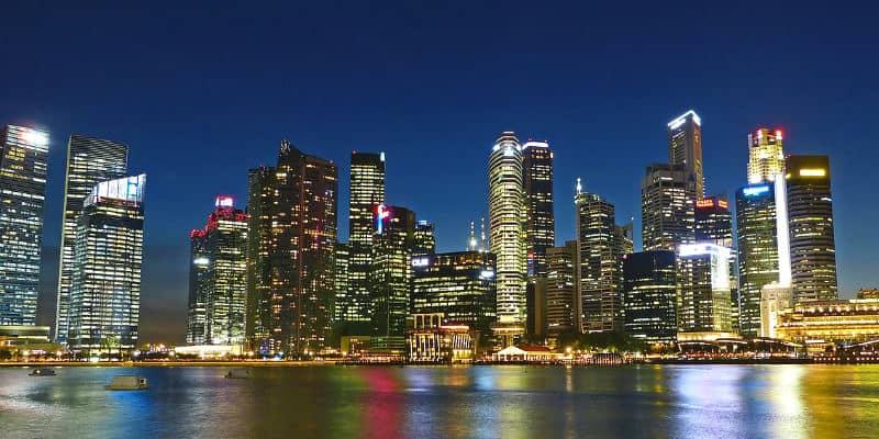 vivere a singapore quanto costa