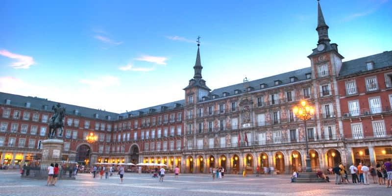 Vivere e lavorare a Madrid